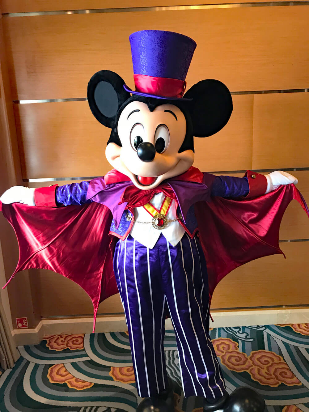 Mickey-Mouse-Crucero-Disney-Halloween