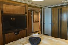 Disney-Dream-Concierge-Suite-Recamara