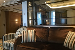 Disney-Dream-Concierge-Suite-Sala