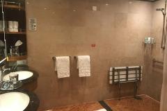 Disney-Dream-Suite-Concierge-Tocador-Principal-Handicap
